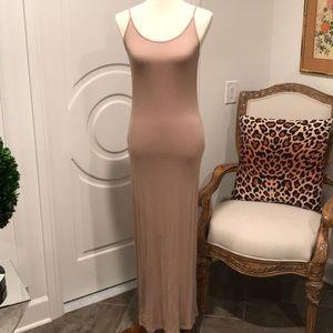 Ribbed Knit Maxi Dress